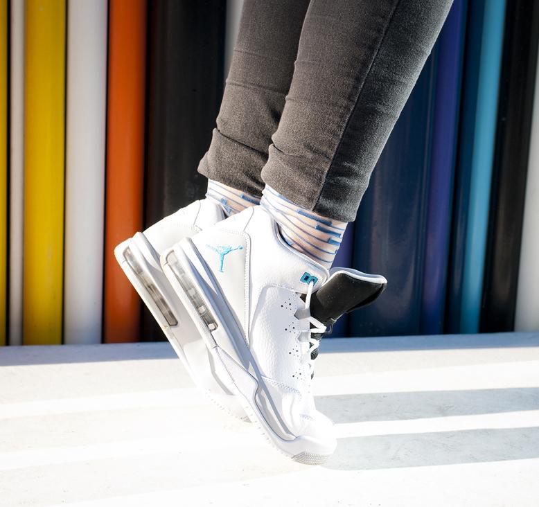 #sorstachaussette chaussettes l'atelier St Eustache Paris, chaussures Nike Air Jordan, shooting par Tea&Poppies