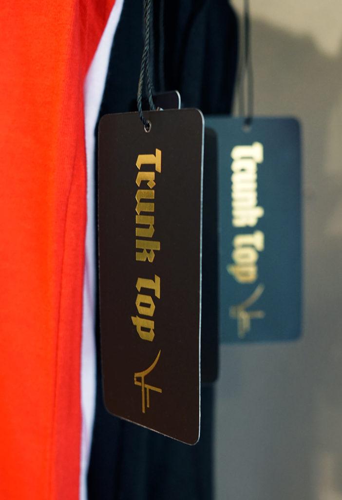 Découverte de la boutique Trunk Top à Brighton. Boutique indépendante d'impression textile. Création de motifs personnels étiquettes