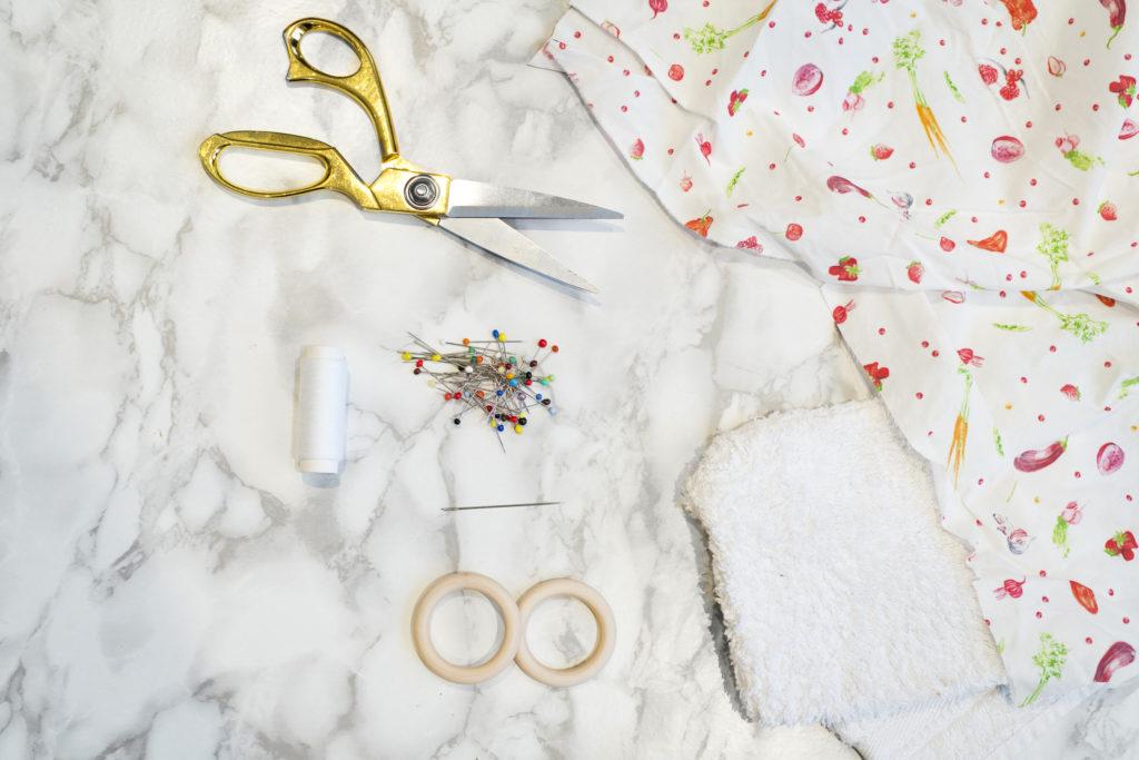 Photo, matériel, DIY, anneau de dentition pour bébé, hochet, lapin, tutoriel, couture