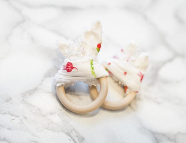 Photo, DIY, anneau de dentition pour bébé, hochet, lapin, tutoriel, couture