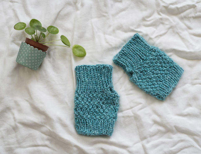 photo, tricot, mitaines, DIY, fait main, point de bleu, laine bleue, tuto tricot