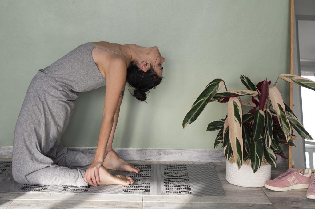 photo,femme,  yoga, méditation, lifestyle, détente, bien-être, slowlife