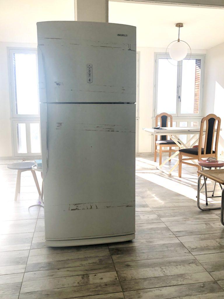 photo, frigo, peindre son frigo, frigo avant peinture, pimper son frigo, DIY, retaper son frigidaire