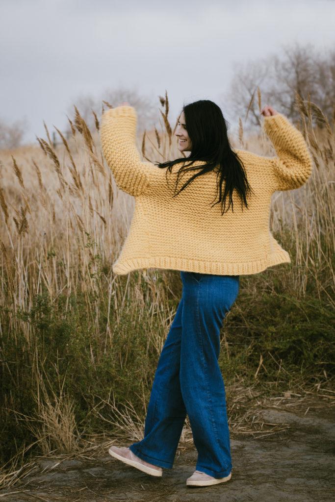 photo, apprendre à tricoter, tricot facile, gilet en laine, gilet XXL, gilet doudou